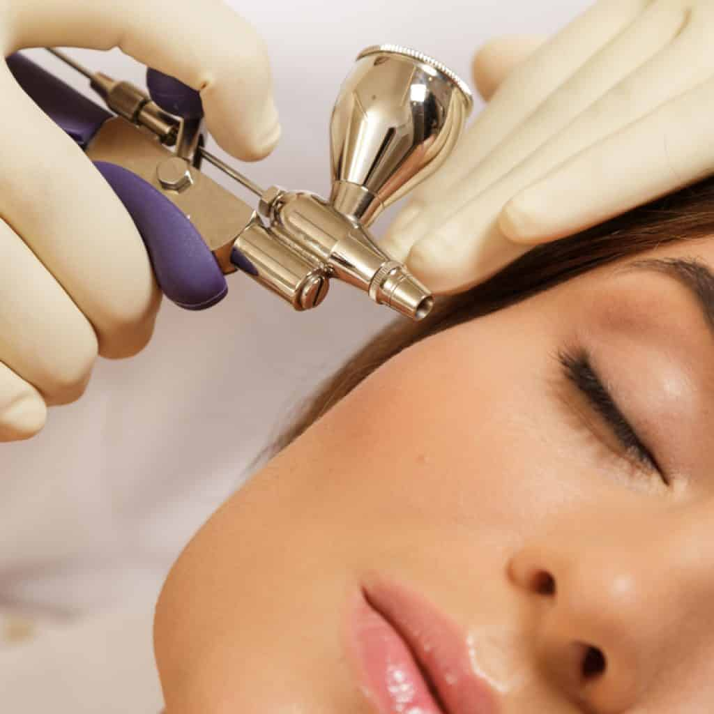 Traditional oxygen facial treatment
